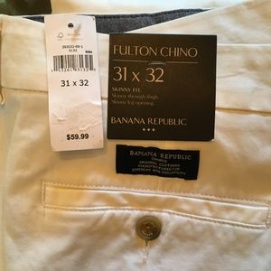 Banana Republic Fulton Chino Pants